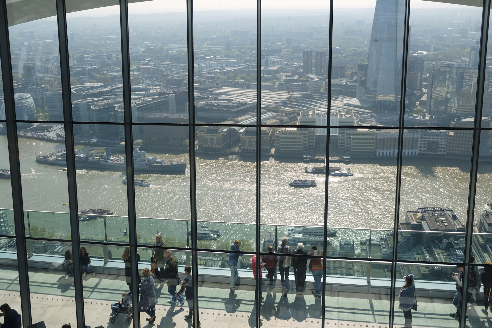 People viewing the Thames form 500ft above ground